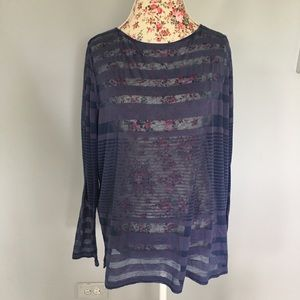 Tommy Bahama long sleeve top